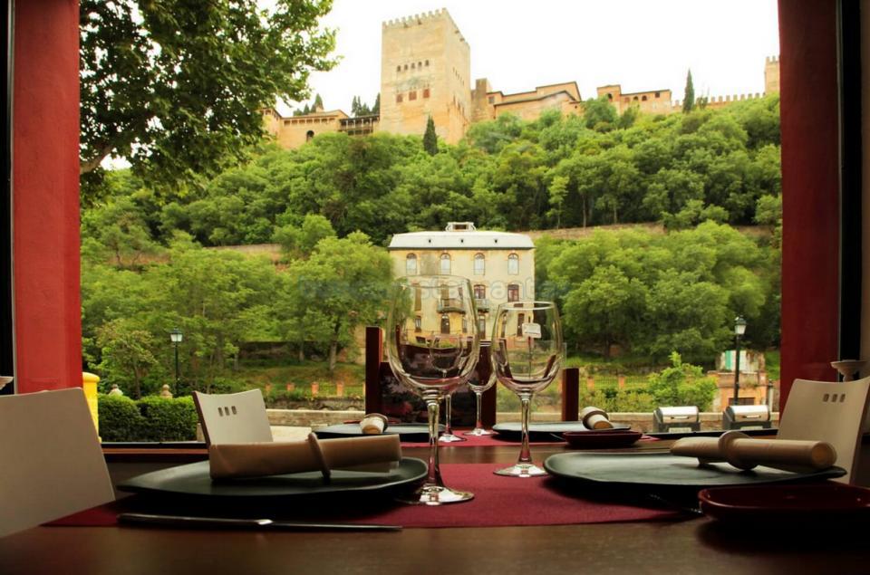 медовый месяц в Испании