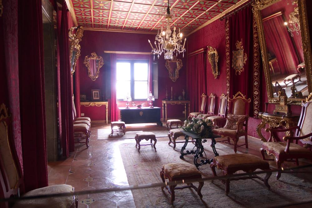 Свадебная церемония во дворце короля Санчо
