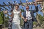Свадебные советы: чем увлечь гостей перед выездной церемонией