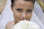 Свадебные традиции: невеста бросает букет